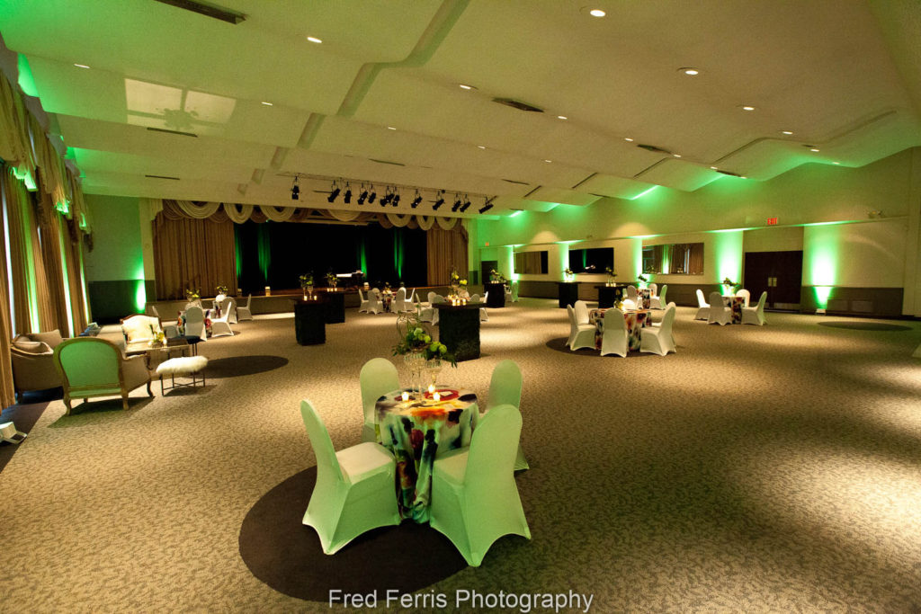Example photograph that shows we pay attention to lighting styling and ambiance at a client event.